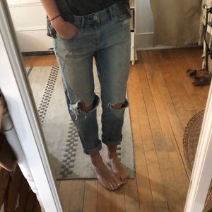 Destroyed Abercrombie boyfriend jeans